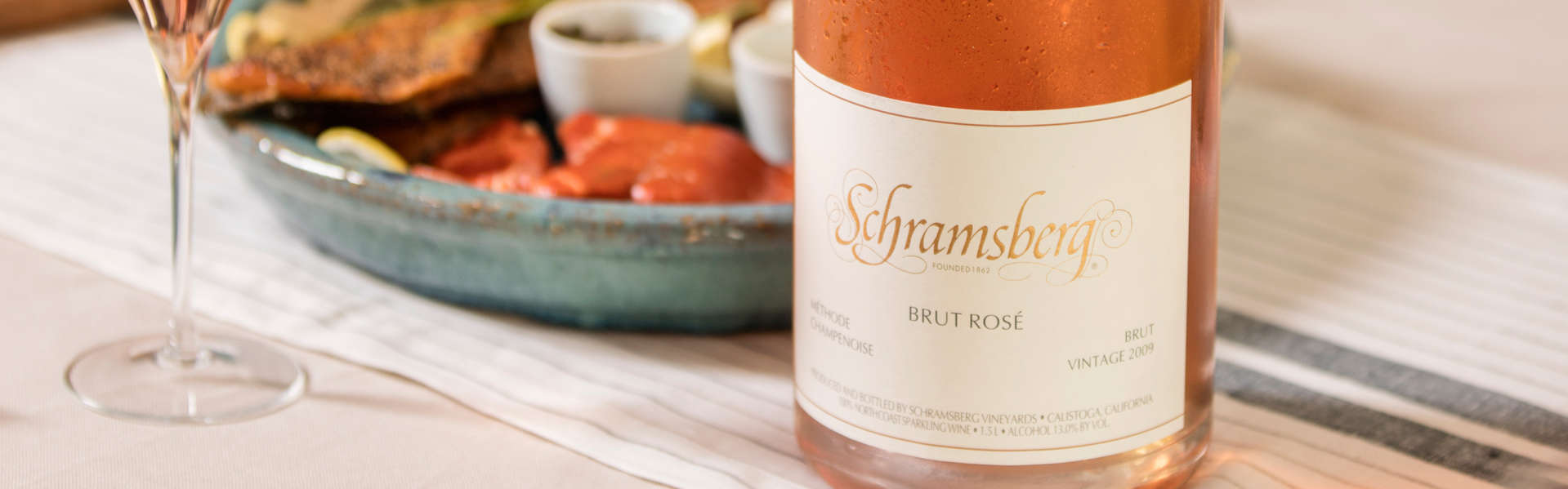 Schramsberg 2007 Brut Rosé sparkling wine paired with cracked dungeness crab